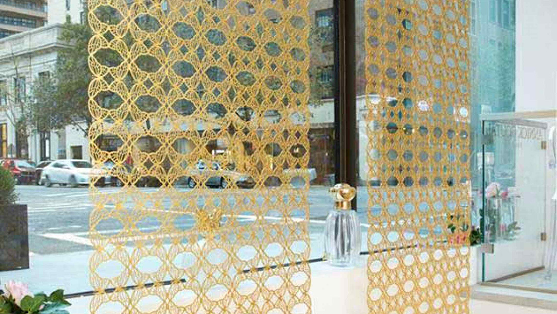custom decorative metal screens for boutique