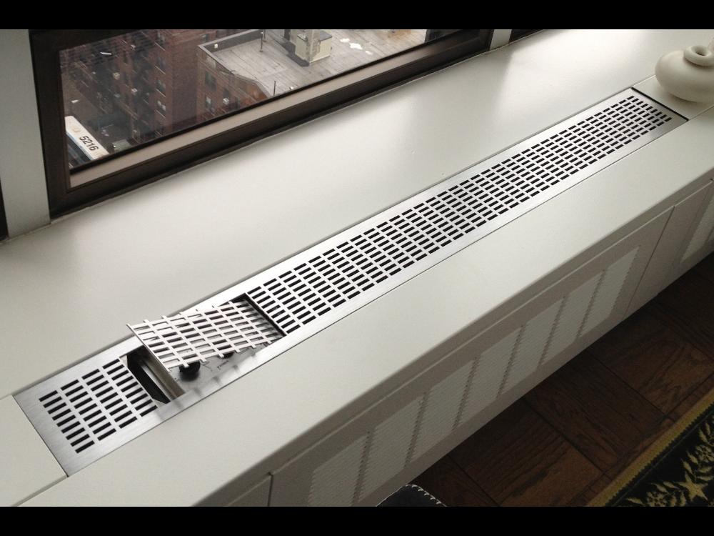 Perf aluminum table-1000×750