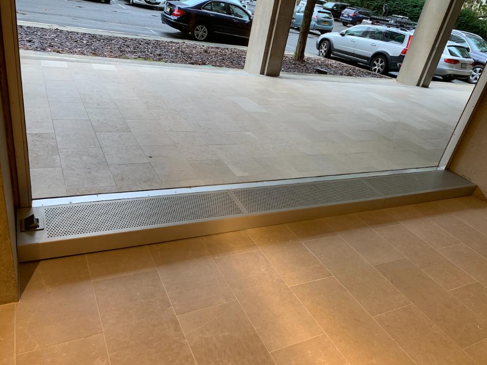 window shopping-1000×750